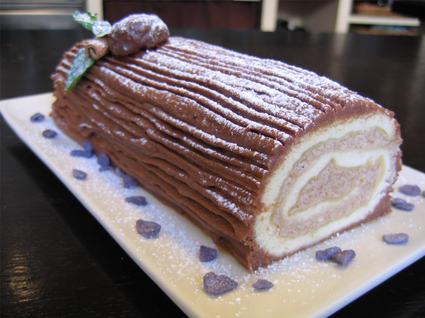 Recette de bûche de noël chocolat et crème aux marrons