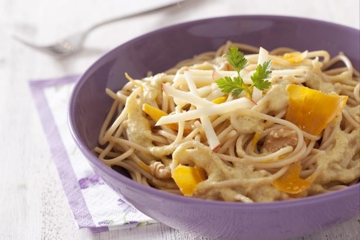 Recette de spaghetti au blé complet sauce endives et orange ...