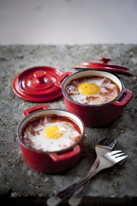 Recette oeufs cocotte tomacouli® et jambon