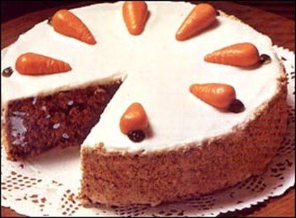 Recette de gâteau aux carottes, noisettes et gelée d'abricots