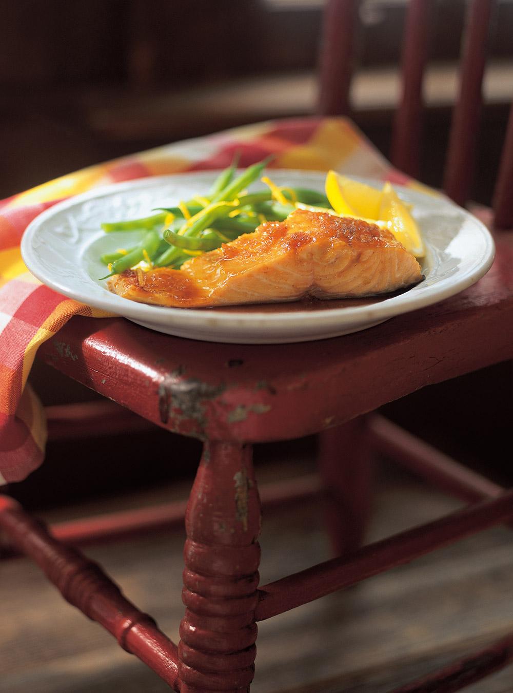 Saumon laqué à l'érable et au gingembre | ricardo