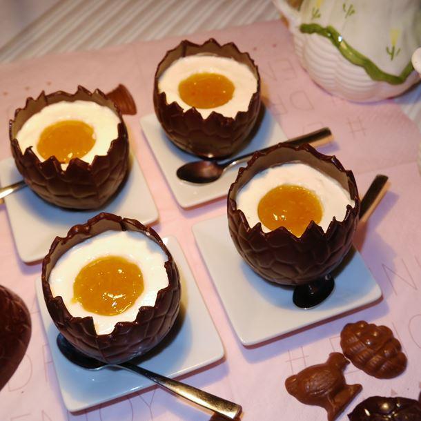 Recette œufs en chocolat, mousse au fromage blanc et marmelade ...
