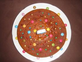 Gâteau d'anniversaire au chocolat pour 10 personnes