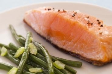 Recette de pavé de saumon à l'unilatérale, étuvée de haricots verts ...