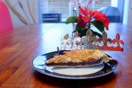 Recette de galette des rois thé matcha et framboise, pâte feuilletée ...