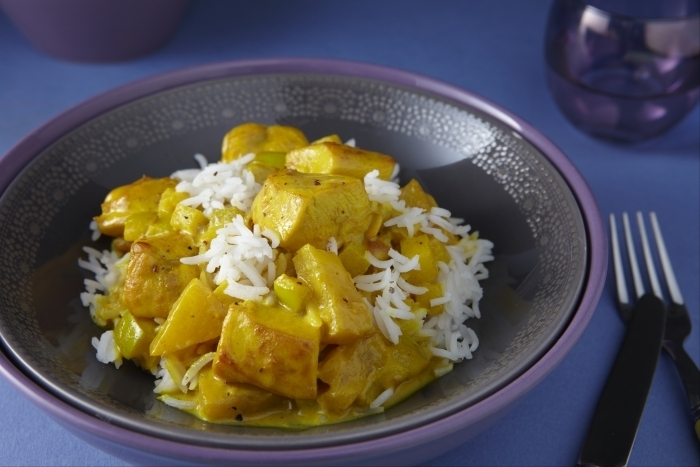 Recette de filet de poulet au curry de fruits, riz basmati facile et rapide