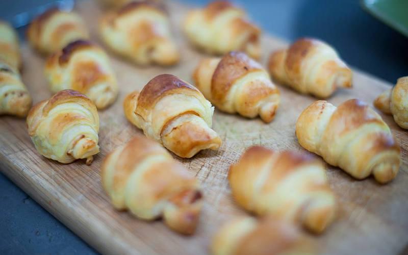 Recette croissants saumon  boursin économique et simple ...