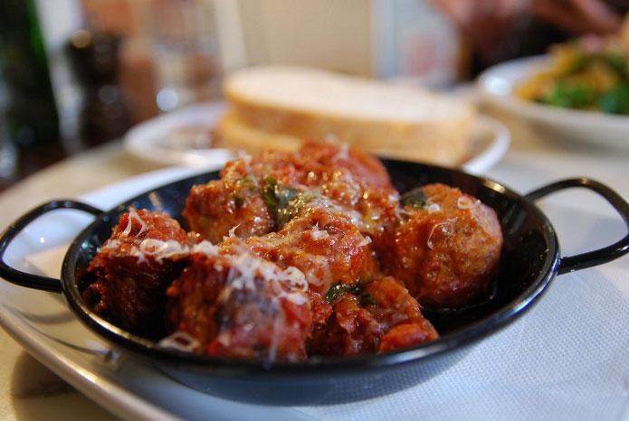 Boulettes de viande à la sauce tomate : polpette al sugo