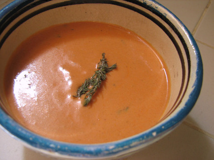 Recette de sauce orangée chèvre-tomate (pour pâtes longues)