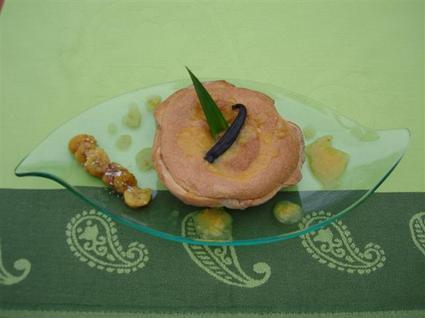 Recette de tarte soufflée à la vanille sur compotée d'ananas