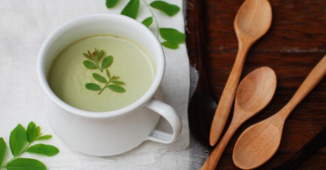 Recette de panna cotta au thé vert et menthe