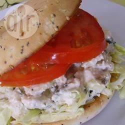 Recette salade de poulet au basilic et parmesan pour garnir les ...