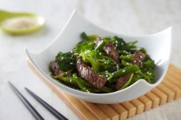 Recette de emincé de boeuf au sésame et son wok de légumes ...