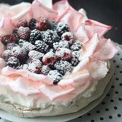 Recette pavlova (gâteau meringué aux fruits) – toutes les recettes ...