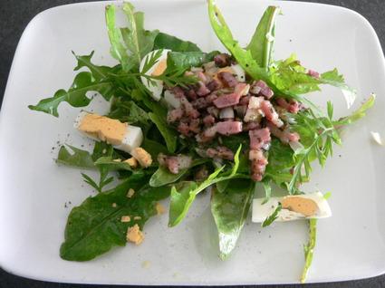 Recette de salade de pissenlits aux petits lardons