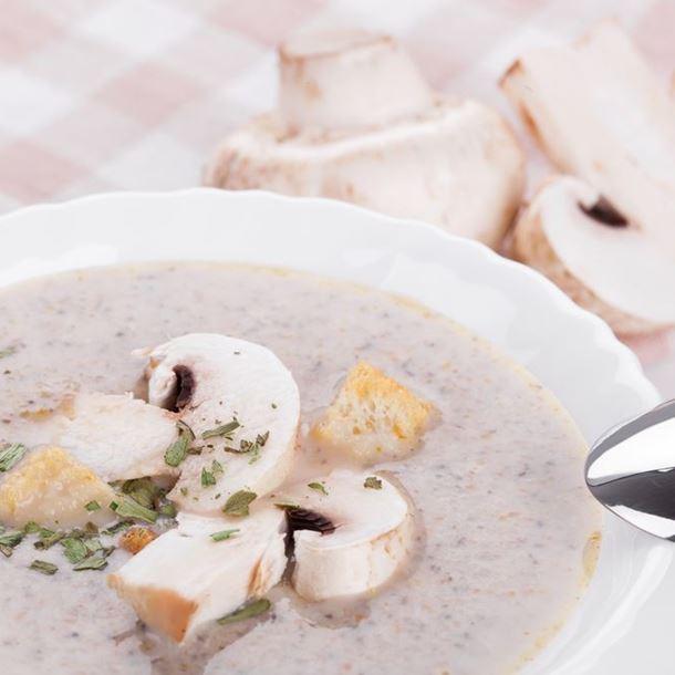 Recette velouté de champignons aux croûtons et fromage blanc ...