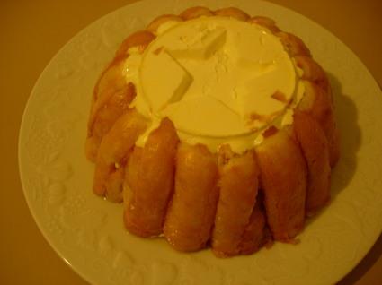 Recette de charlotte aux pommes, mascarpone et fromage blanc ...