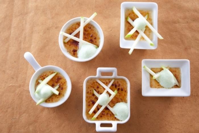 Recette de crème brûlée au foie gras, espuma de pommes vertes ...