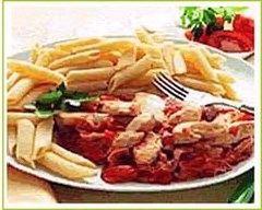 Recette pennes au poulet, jambon et tomate