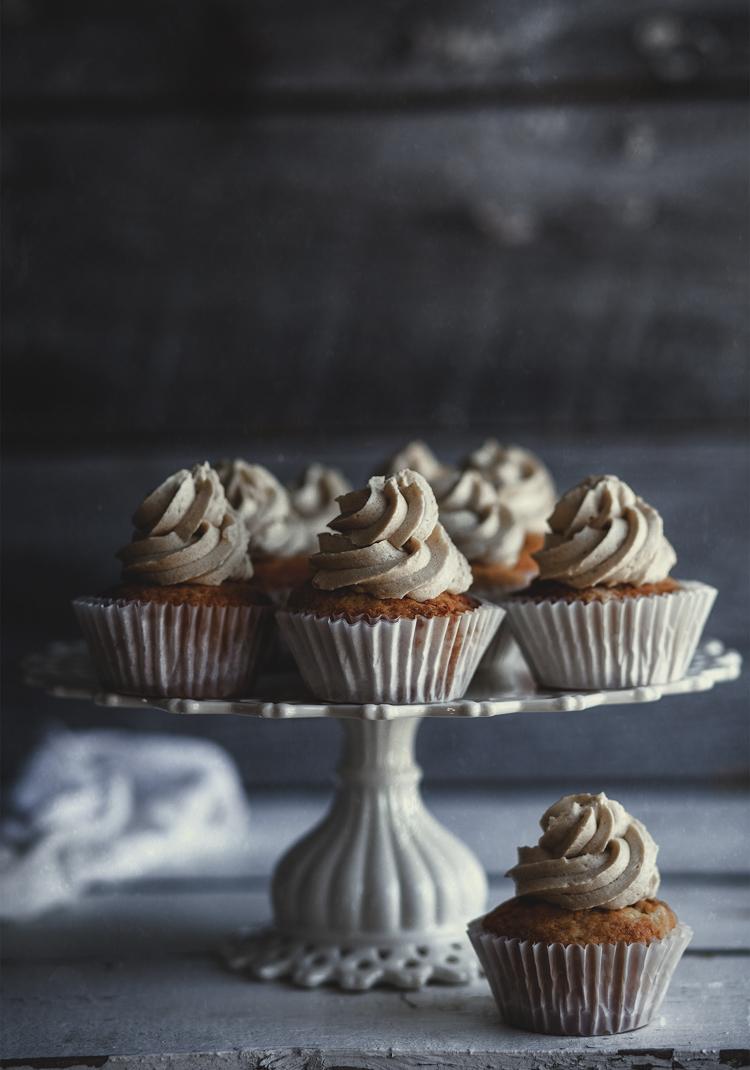 Cupcake à la vanille, glaçage au caramel salé