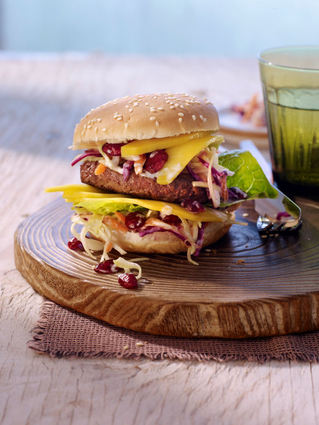 Recette de burger aux cranberries et coleslaw