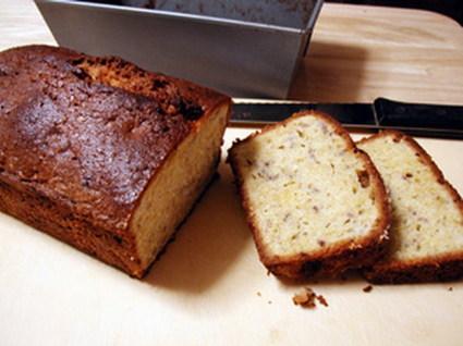 Recette de cake aux noix, gingembre et coings