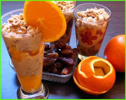 Recette de verrines à l'orange et aux dattes