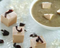 Recette dés de foie gras aux éclats de chocolat noir