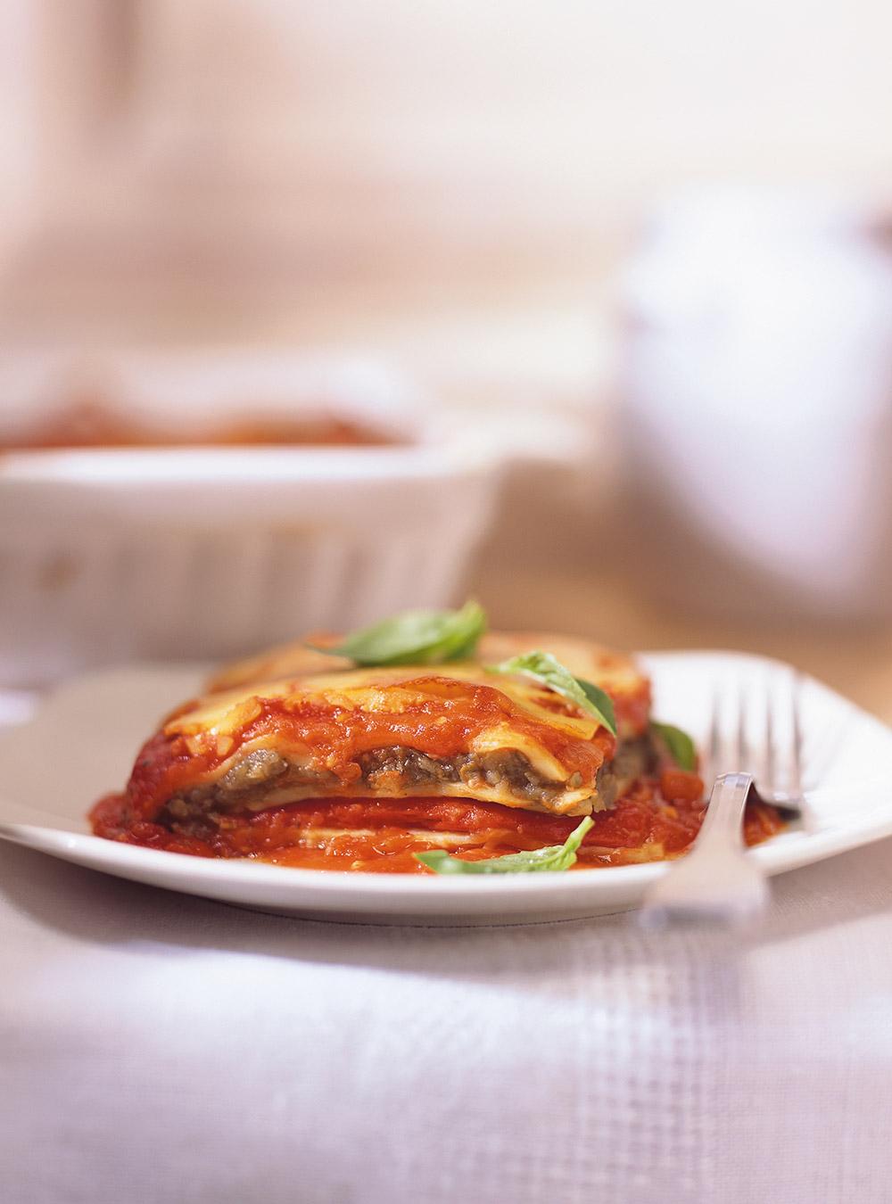 Lasagnes au caviar d'aubergine et aux poivrons rouges grillés ...