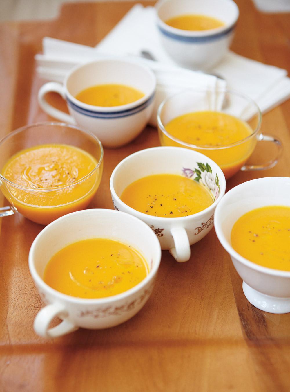 Crème de rutabaga et carottes à l'érable | ricardo
