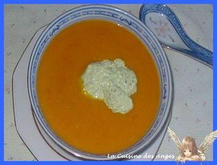 Recette de petite soupe multi légumes et sa crème gourmande