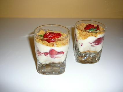 Tiramisu aux fraises en verrines
