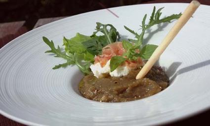 Recette de caviar d'aubergine, brousse, jambon cru et gressin