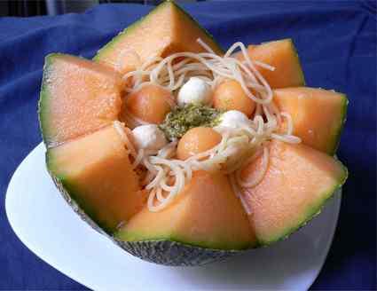 Recette de salade de pâtes melon-pesto