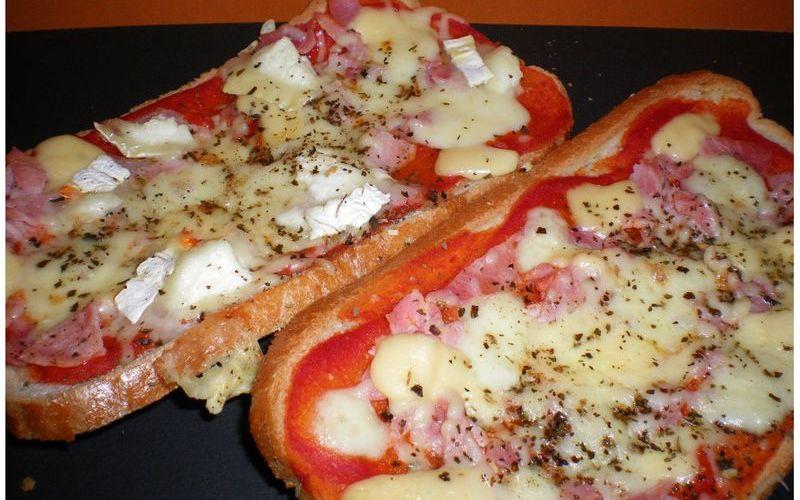 Recette pizza pain pas chère et rapide > cuisine étudiant