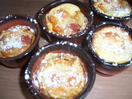 Recette de petits clafoutis aux abricots et amandes