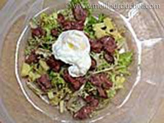 Salade lyonnaise  notre recette avec photos  meilleurduchef.com