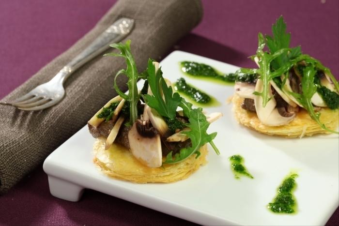 Recette de tarte fine aux champignons, duxelles à l'huile de ...
