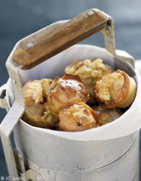 Muffins marbrés au reblochon et amandes pour 4 personnes ...