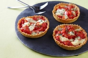 Recette de tartelette tomate et fourme d'ambert facile et rapide