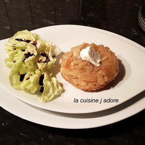 Recette tarte tatin au chèvre frais et aux oignons