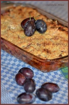 Recette de clafoutis-crumble aux quetsches & épices