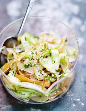 Coleslaw de légumes printaniers pour 4 personnes