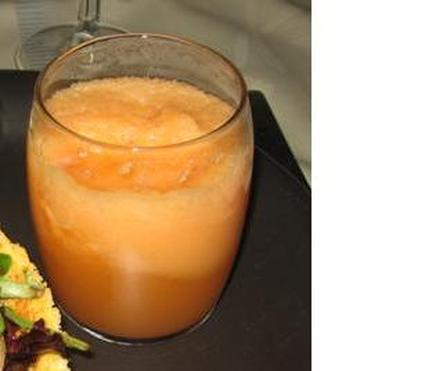 Verrines de soupe de melon anisée