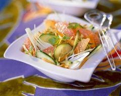 Recette salade au concombre, carottes et pamplemousse