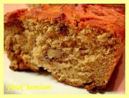 Recette de cake à la banane, aux noix, au soja et au tofu soyeux