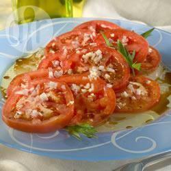 Recette salade de tomates méditerranéenne – toutes les recettes ...