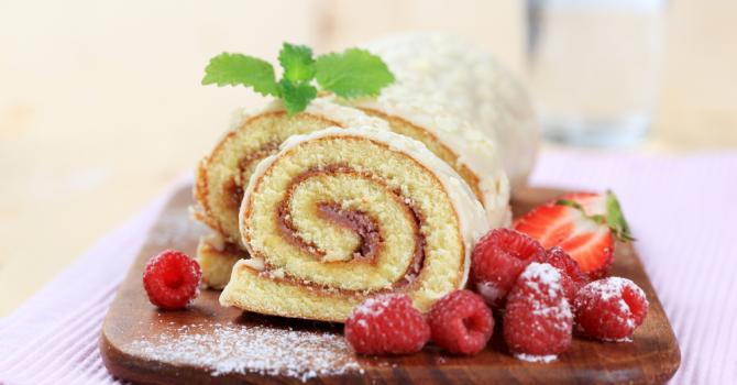 Recette de gâteau roulé à la confiture de fraises au thermomix®