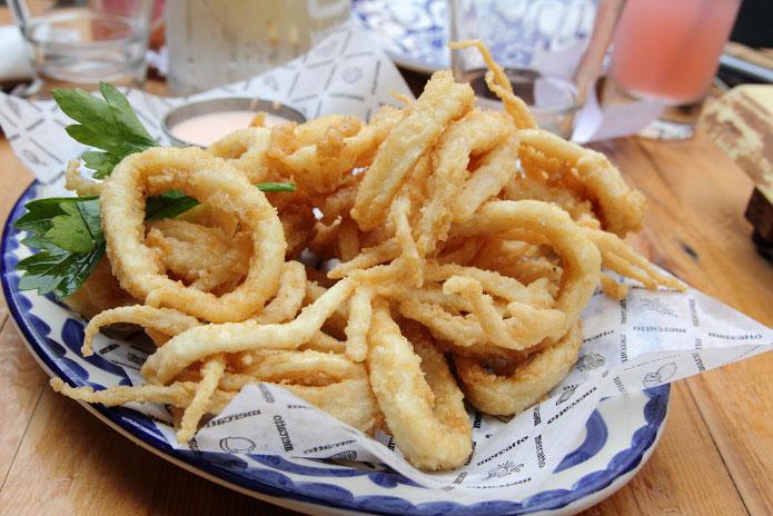La recette des calamars frits à la romaine