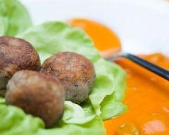 Recette boulettes de pommes de terre et boeuf à la sauce tomate